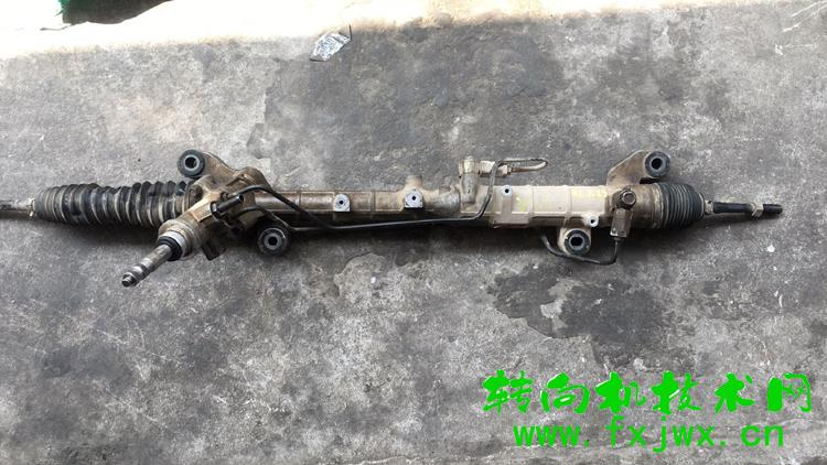马自达8方向机漏油维修